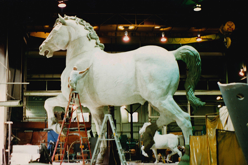 Artist Melvin Jay Lindsay works on the Leonardo da Vinci Horse sculpture.